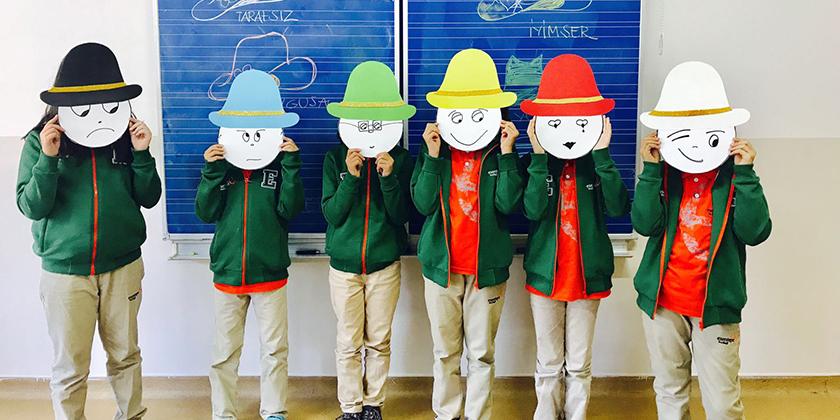 6 Şapkalı Düşünüyoruz...