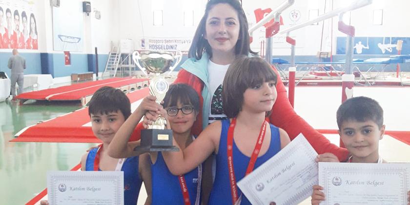 Minik Erkekler Cimnastik Müsabakalarında Konya 2.si olduk...